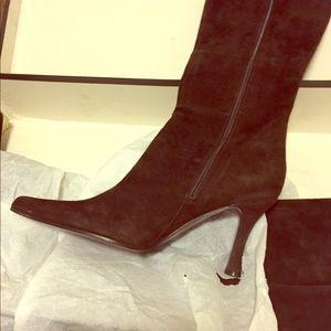 Via Spiga brown suede boots size 9